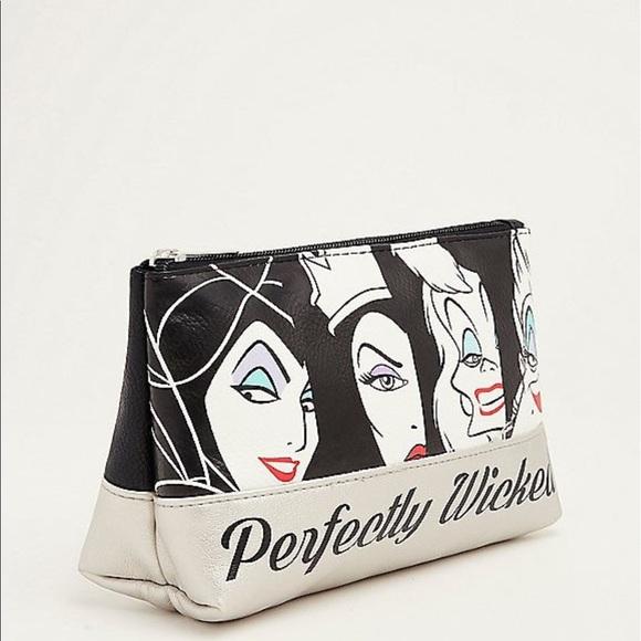 39946dff0cd NWT Torrid Disney villain make up bag evil women